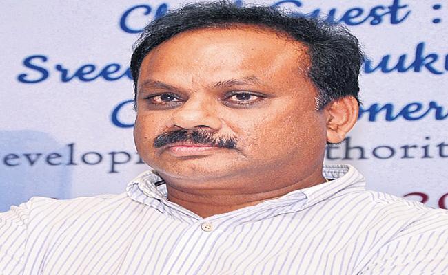 CID questions former CRDA commissioner Sridhar - Sakshi