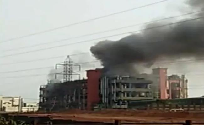 Six killed in blast at chemical factory in Maharashtra Ratnagiri - Sakshi