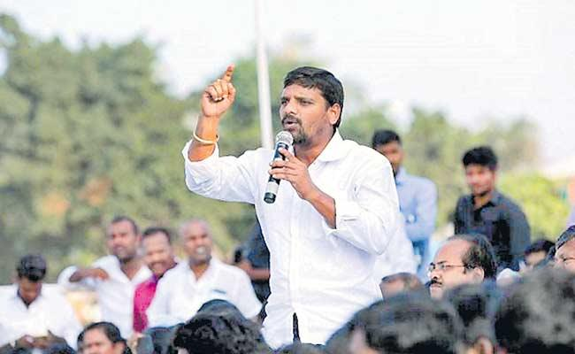 Tinemar Mallanna As Center Of Attraction In MLC Elections - Sakshi
