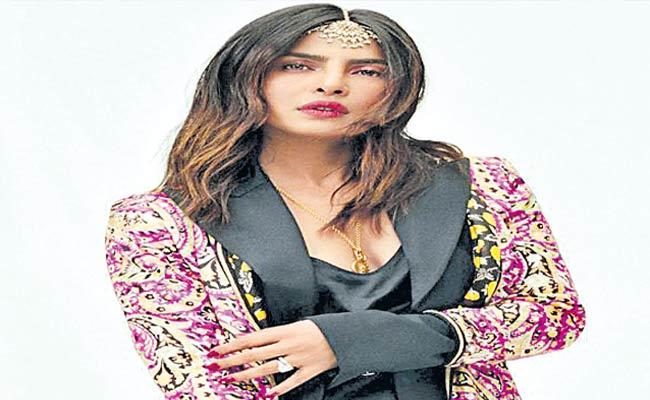 Priyanka Chopra Says She Is Aware Of IslamAs Father Sang In Mosque - Sakshi