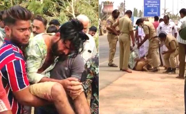 Sangareddy Cops Torture Bolero Driver On Road - Sakshi