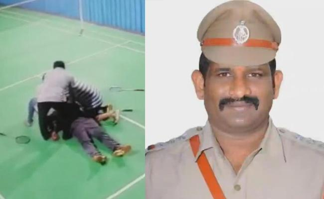 CI Deceased In West Godavari Over Heart Attack While Playing Shuttle - Sakshi