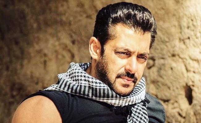 Salman Khan Gifts E Bike To BB14 Runner Up Rahul Vaidya - Sakshi