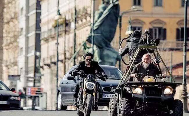 Ravi Teja Action Scenes In Italy For Khiladi - Sakshi