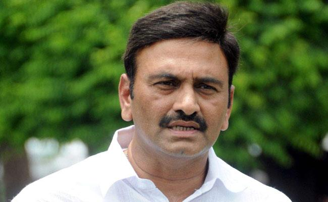 Another CBI Case On MP Raghurama Krishnam Raju Over Duped Chennai SBI With Forgery Papers - Sakshi