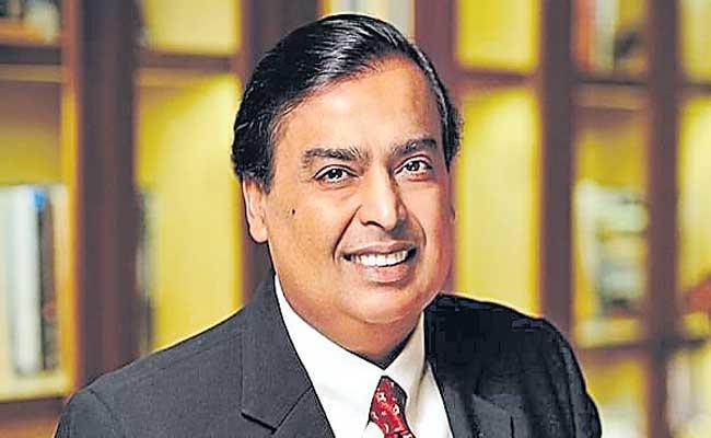 Mukesh Ambani sees a tsunami of opportunities for entrepreneurs - Sakshi