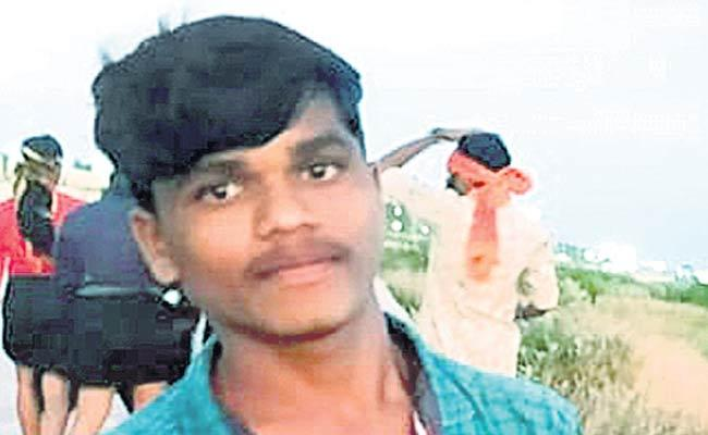 Tenth Class Student Hang Himself Not Giving Father Property Kodangal - Sakshi