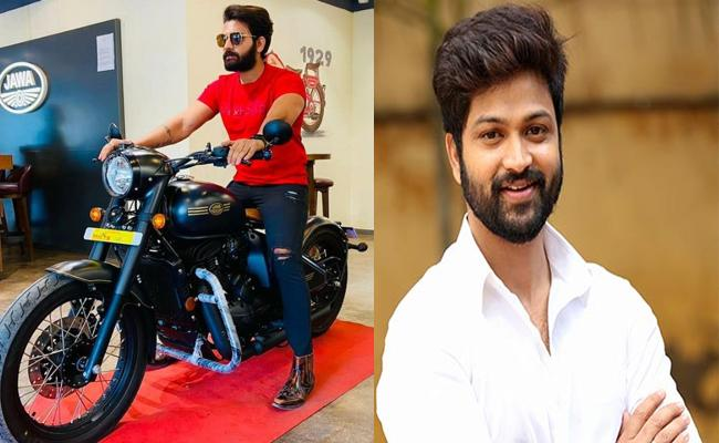 Bigg Boss 4 Telugu: Akhil Sarthak Buy New Bike - Sakshi