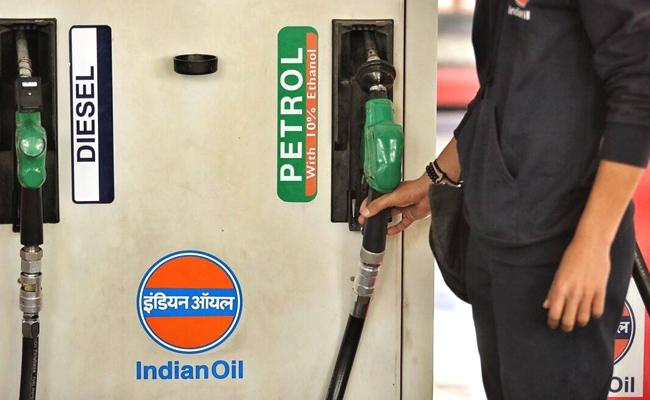 Petrol Price Can Come Down To Rs 75 if Brought Under GST - Sakshi