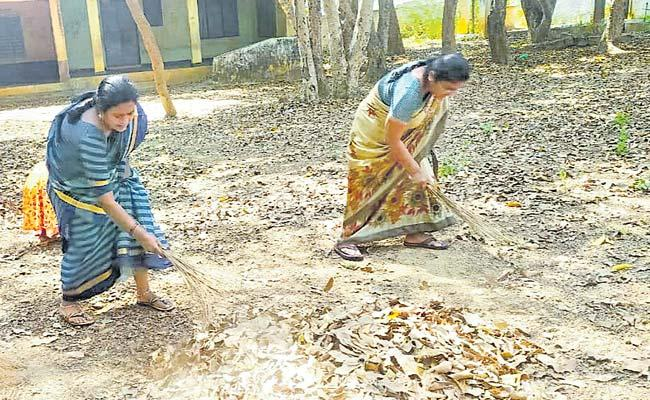 Teachers Made To Clean In Sattupalli Govt School - Sakshi