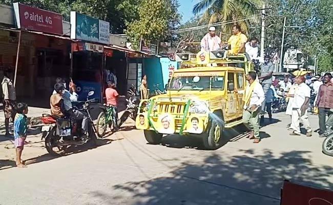 No Public Respond To Hindupur MLA Balakrishna Road Shows - Sakshi