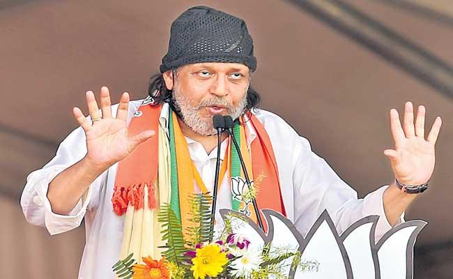 Actor Mithun Chakraborty joins BJP - Sakshi