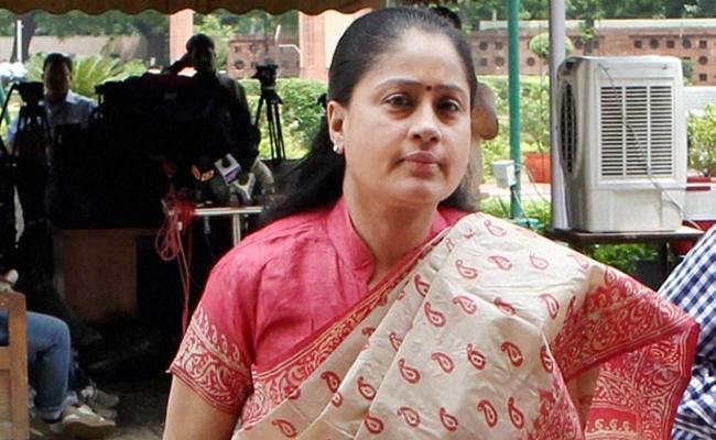 Actress Vijayashanti Appeared at Nampally Court On April !st - Sakshi