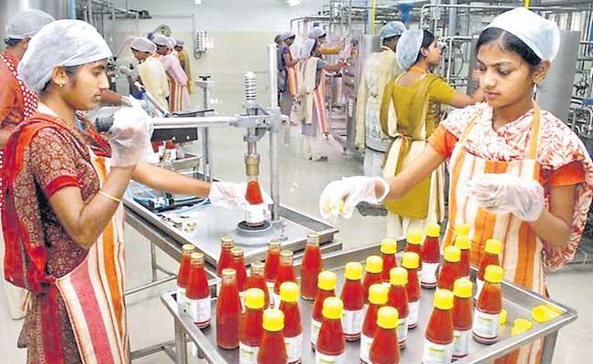 Rs 10,900 crore approved under PLI scheme for food processing industry - Sakshi