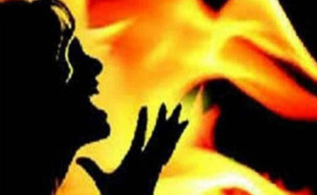 Woman Killed In Koyambedu Bustand - Sakshi