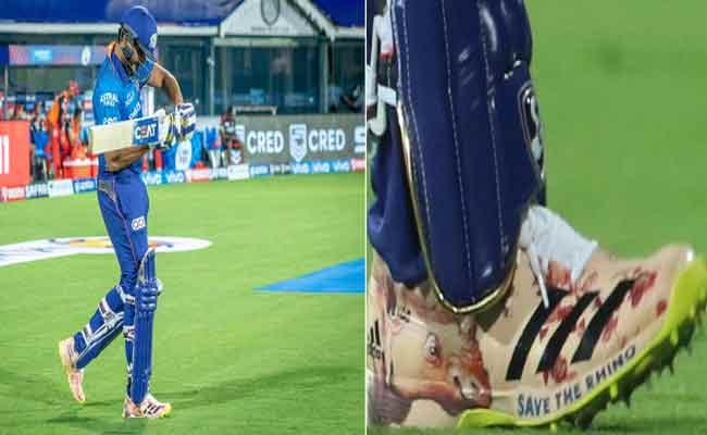 IPL 2021: Fans Praised Rohit Sharma Though Run out He Won Our Hearts - Sakshi