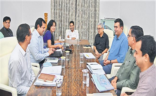 CM Jagan Comments In review with officers about Visakhapatnam development - Sakshi