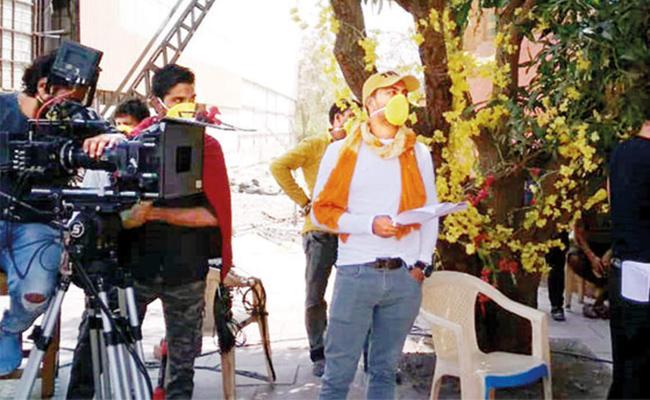 Maharashtra Govt Shutdowns TV Serial Shootings In Mumbai Due To Rise Of covid cases - Sakshi
