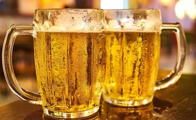 Gurgaon Restaurant is Offering Free Beer to People Who Show Vaccine Card - Sakshi