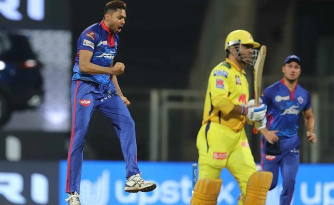 IPL 2021: CSK Captain MS Dhoni Ducks In IPL - Sakshi