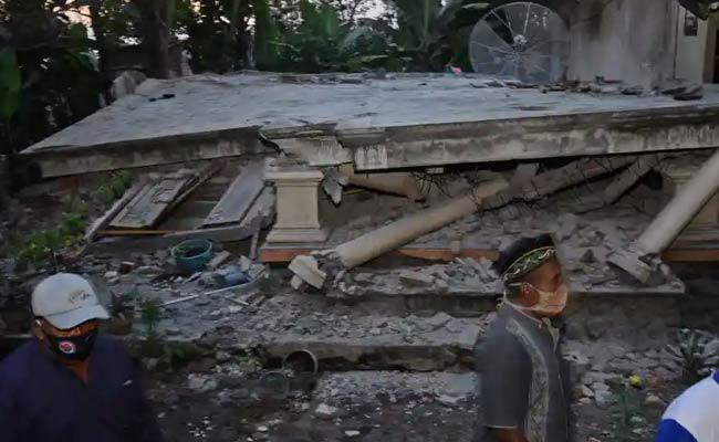 Earthquake In Indonesia Java Eight People Deceased - Sakshi