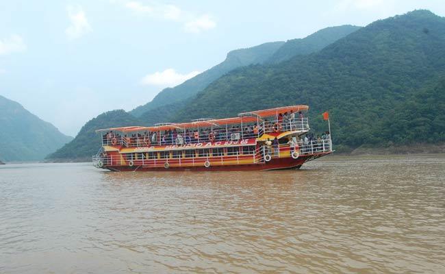 AP Govt Green Signal To Papikondalu Tourism - Sakshi