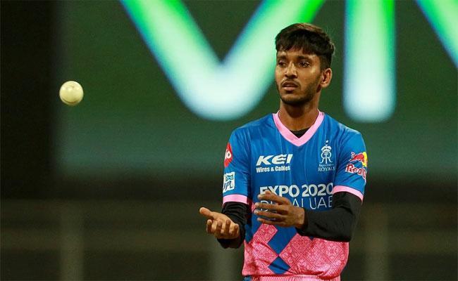 IPL 2021: Rajasthan Bowler Chetan Sakariya Overcome Personal Tragedy To Make It Into IPL - Sakshi