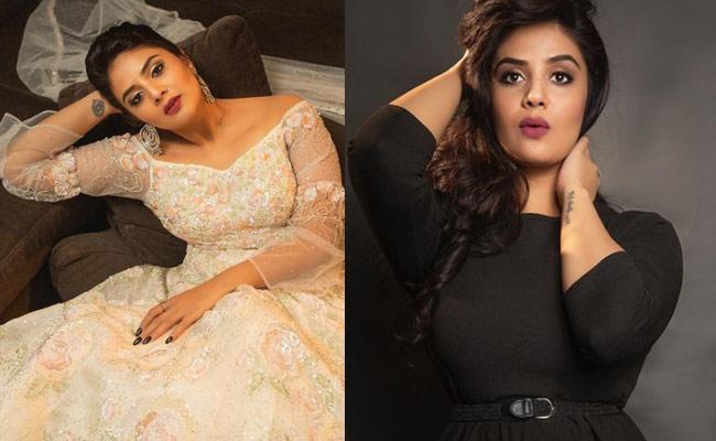Sreemukhi Clarity On Marriage Rumours - Sakshi