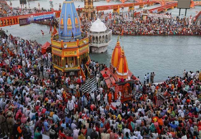 Over 1,700 Test Positive For COVID19 In Kumbh Mela Over 5 Days  - Sakshi