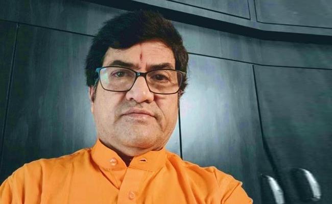 Senior Co Director satyam Passed Away - Sakshi
