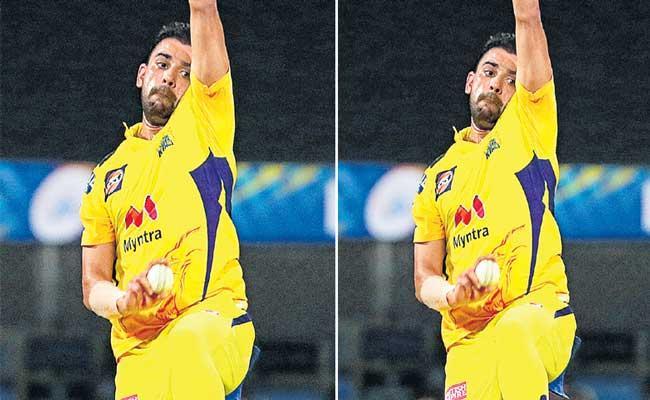 Deepak Chahar 4 for 13 stuns Punjab Kings top-order in IPL - Sakshi