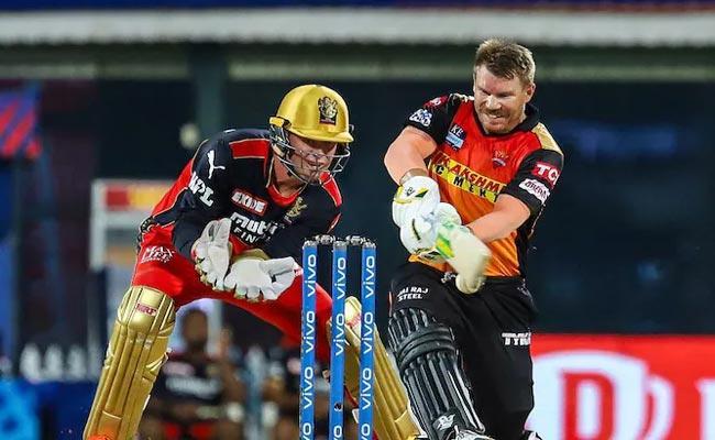 IPL 2021: Warner Has Major landmark But Rohit Sharma Overtake SRH Captain - Sakshi
