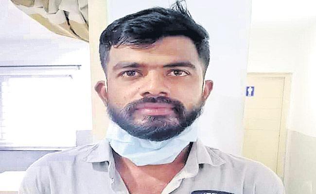 Police Arrested Hijra Husband For Harassing Her - Sakshi
