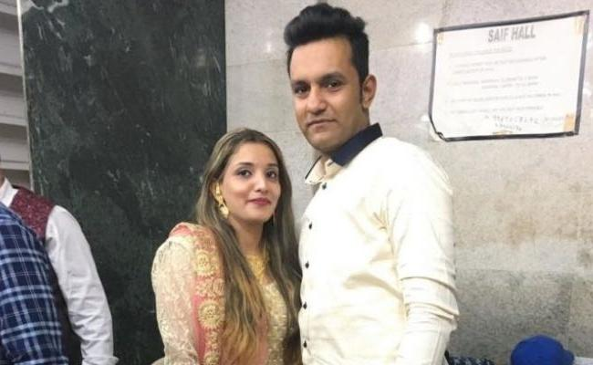 Mumbai Couple Acquitted In Drug Case In Qatar Return To India - Sakshi