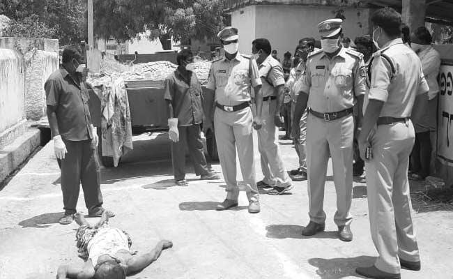Son Assassinates His Father In Nalgonda District - Sakshi