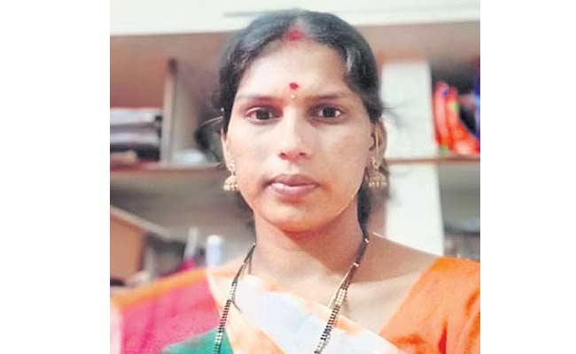 Women And Her Child Missing In Narayankhed Medak - Sakshi