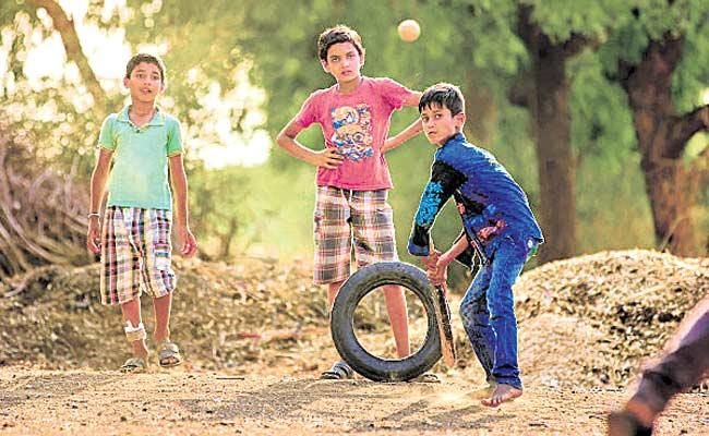 Hyderabad: Corona Second Wave Effect On Childrens Playing - Sakshi