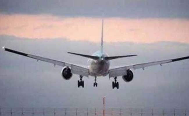 Covid-19: Hong Kong suspends flights connecting India from April 20 to May 3 - Sakshi