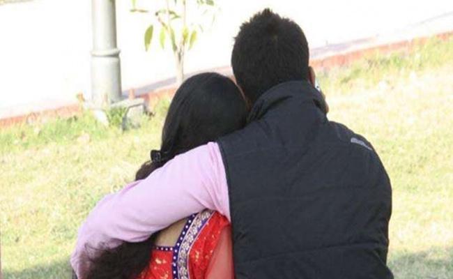 Wife Assassinated Husband Over Her Extra Marital Affair Tamilnadu - Sakshi