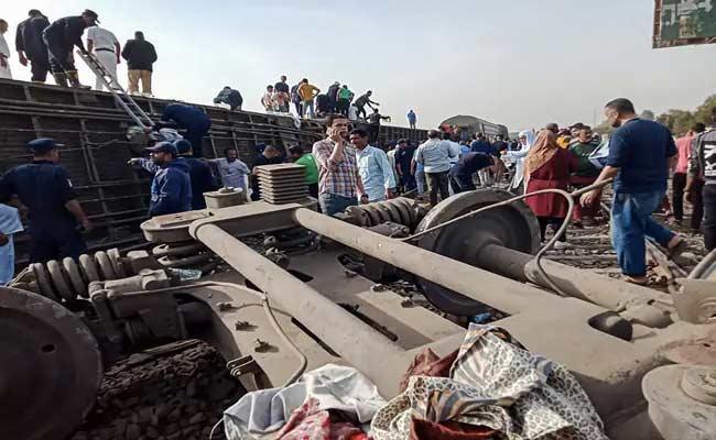 Passenger Train Accident In Egypt - Sakshi