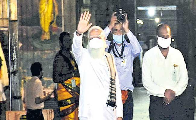 PM Narendra Modi Needles Mamata Over Nandigram at Bengal Rally - Sakshi