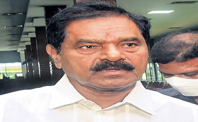 Vaccination is mandatory for drivers says Narayanaswamy - Sakshi