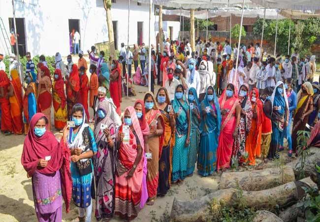 Paneer For Panchayat polls: Police Seize 30 kg Cottage Cheese In UPs Amroha - Sakshi