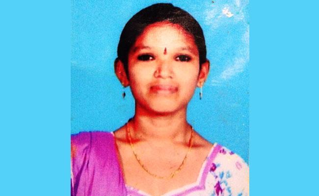 Domestic Violence Woman Self Elimination At Bhogapuram Vizianagaram - Sakshi
