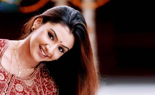 Producer Chanti Addala Shocking Comments On Aarthi Agarwal Fade Out - Sakshi