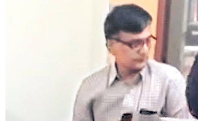 CBI Action: Bollineni Gandhi Arrest In Hyderabad - Sakshi