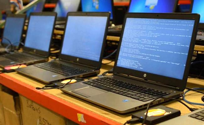 Laptop Rental Business Hyderabad Men Fraud Bangalore IT Company - Sakshi