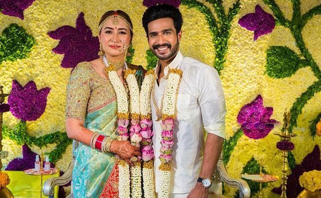 Vishnu Vishal And Jwala Gutta Wedding Photo Goes Viral - Sakshi