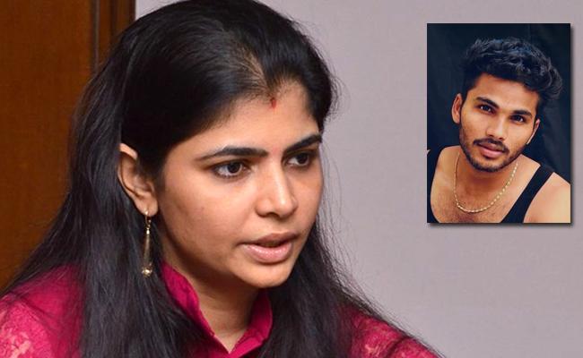 Singer Chinmayi Takls About Fun Bucket Bhargav Molestation Case - Sakshi