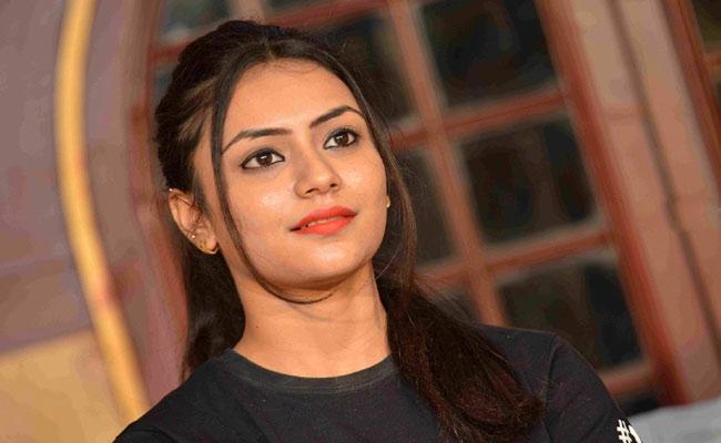 Shanaya Katwe Arrested In Her Brother Assassination Case - Sakshi
